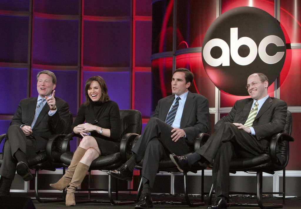 . David Weston, President of ABC News, far left, speaks about the network\'s redesigned evening news broadcast as Elizabeth Vargas, Bob Woodruff, and Jon Banner, from left, join in during the ABC 2006 Winter Press Tour, Saturday, Jan. 21, 2006, in Pasadena, Calif. (AP Photo/Rene Macura)
