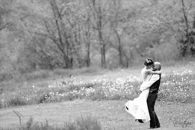 Beth & Jake's Wedding Sneak Peek