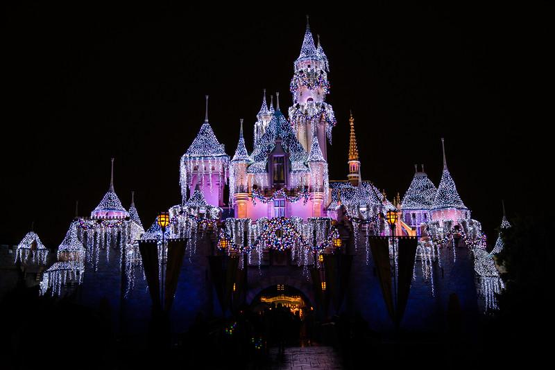 2016-11-19 Disneyland 034.jpg