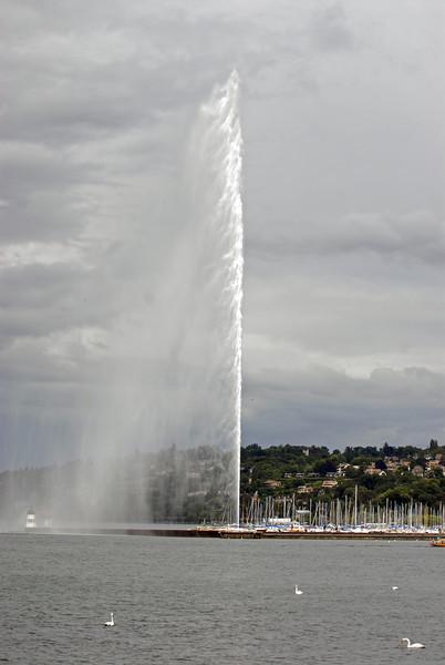 070626 7435 Switzerland - Geneva - Downtown Hiking Nyon David _E _L ~E ~L.JPG