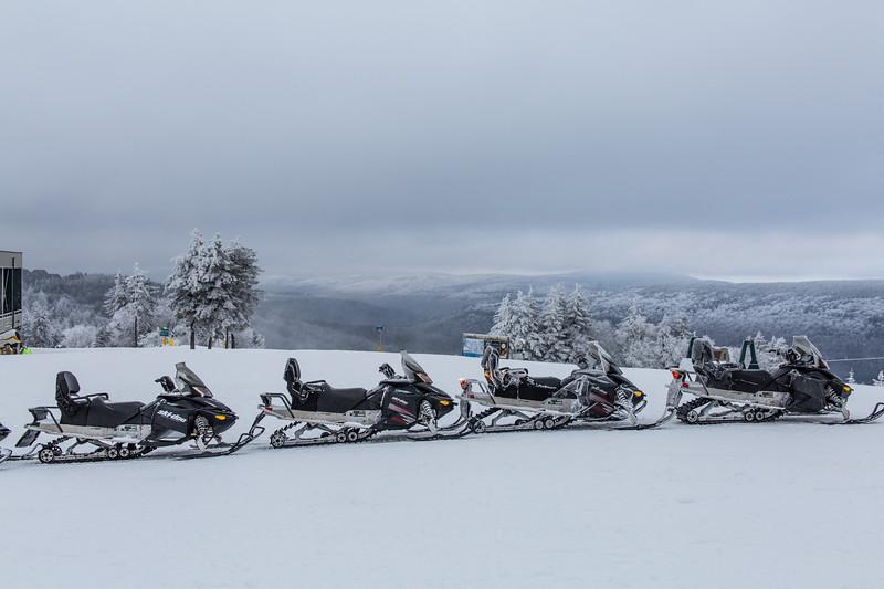 2020-01-27_SN_KS_Snowmobiles-9831.jpg