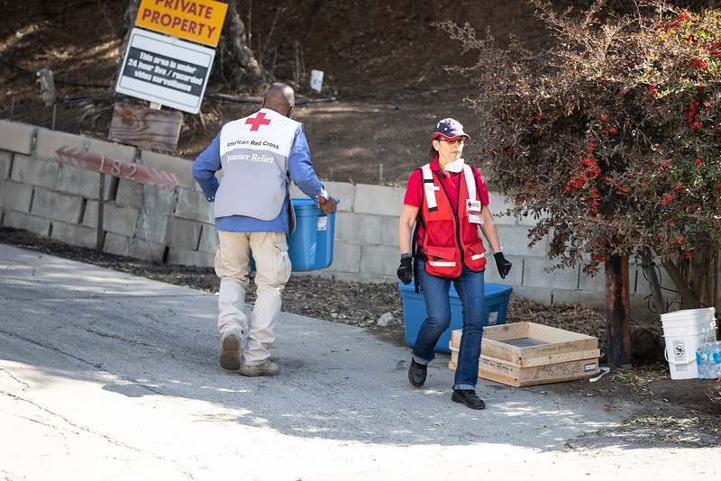 11.15.18 Woolsey Fire Residents Save Homes by Heather Fairchild-2.jpg