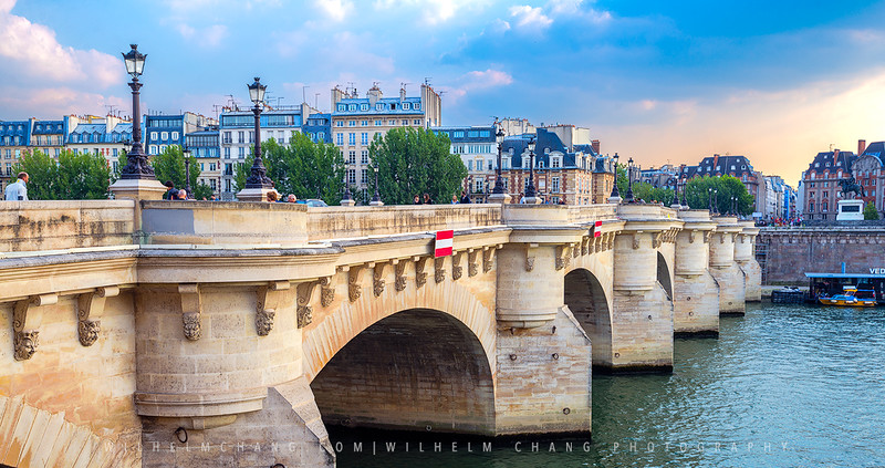 Pont-Neuf-Gloom-small.jpg