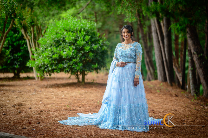 Simmy Shiju Engagement Pictures