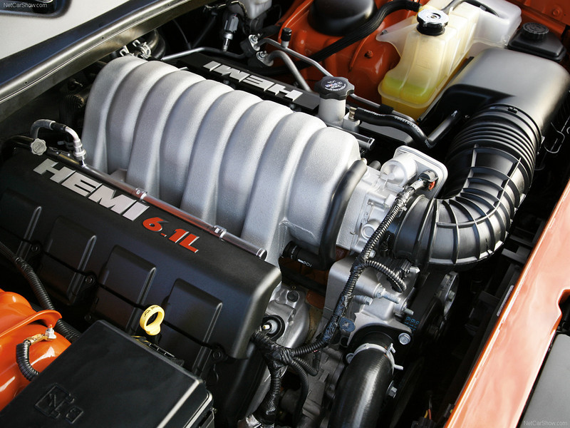 Dodge-Challenger_SRT8_2008_1600x1200_wallpaper_59.jpg