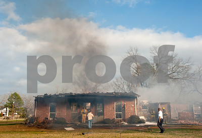 02/05/13 NE Lindale House Fire by Sarah Miller