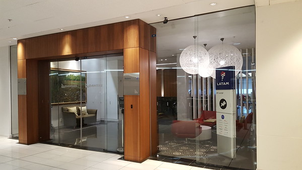 2016 Auckland Qantas international lounge