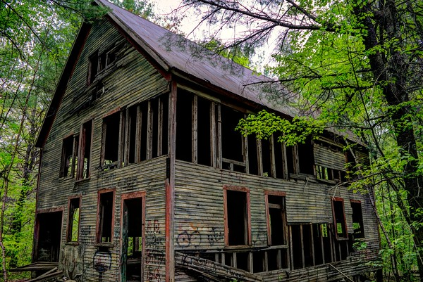 6-29-20 | Rust in Peace - A Ghost Town's Quarry That Built America