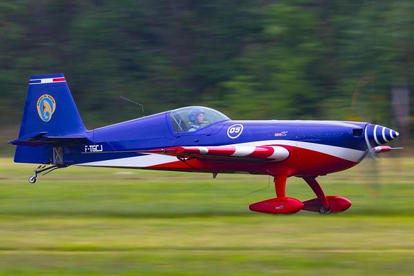 F-TGCJ - Extra EA-330SC