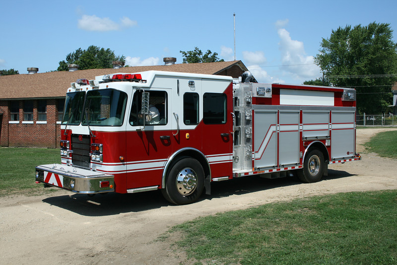 DEMO ENGINE AT MONROE FIRE SCHOOL,WI