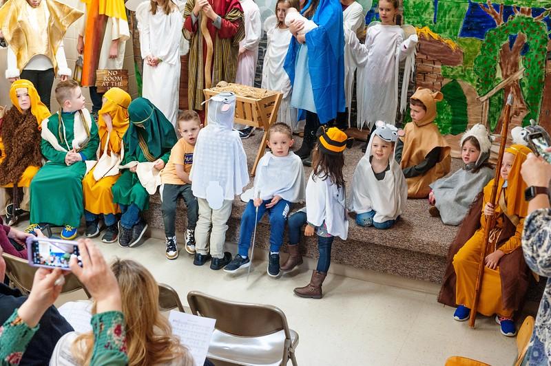 20191209 Faith Children Advent Family Gathering-8021.jpg
