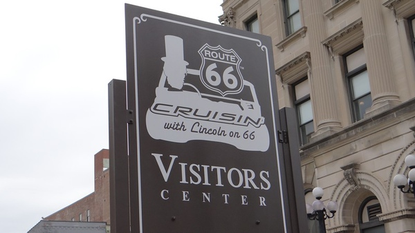 """Cruisin' with Lincoln on 66"" Visitors Center in Bloomington"