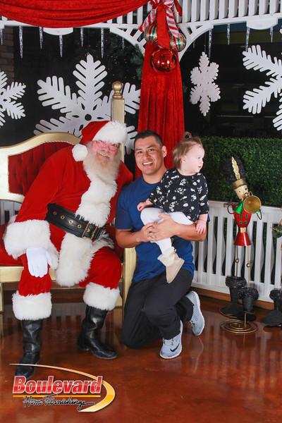 Santa 12-17-16-190.jpg
