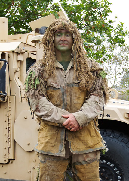Ghillie_Suit_AE4E2211Cropped.jpg