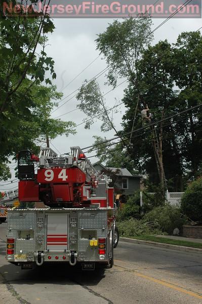 6-15-2009(Camden County)MERCHANTVILLE Chapel-Reustle Ave's -High Angle Rescue