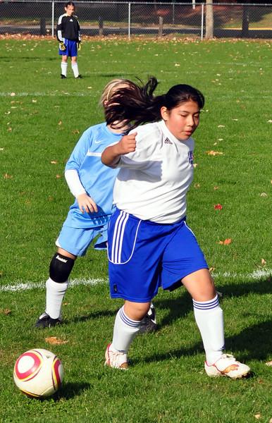 plainville u-11 girls soccer 10-17-10-053.jpg