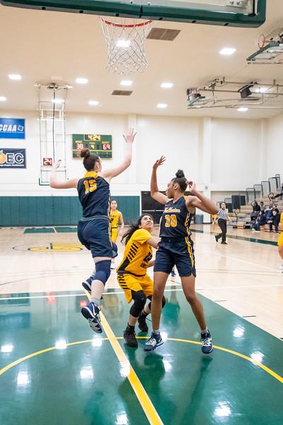 Basketball-W-2020-01-10-6830.jpg