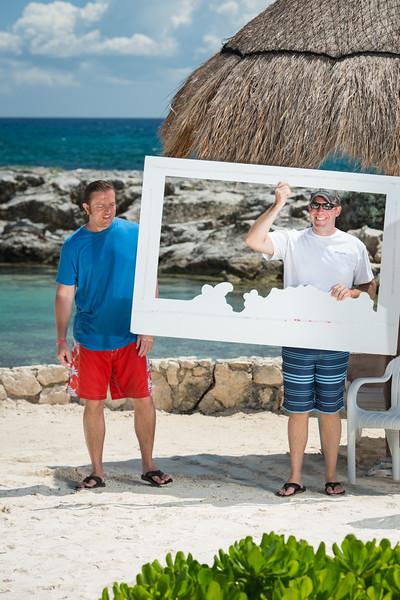 9941_LIT-Photos-on-the-Beach-640.jpg