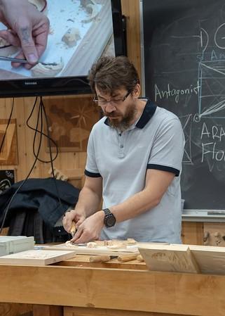 Fundamentals of Carving with Alexander Grabovetskiy