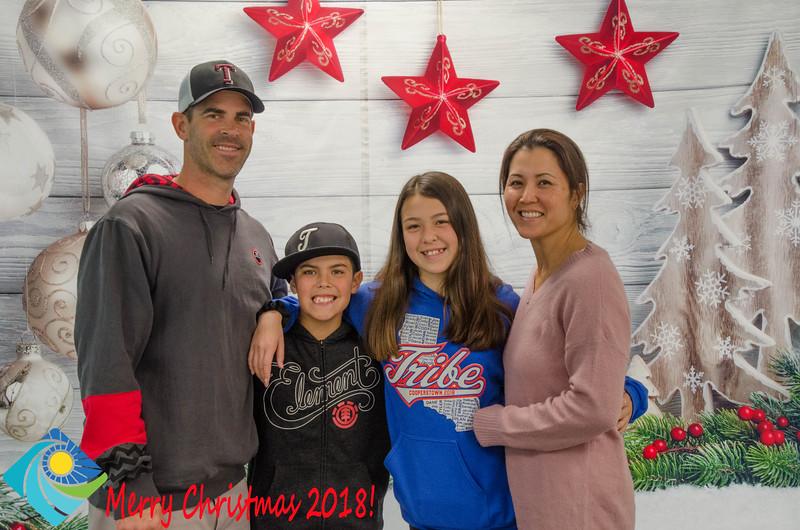 Christmas Photobooth 2018 Sunday-141.jpg