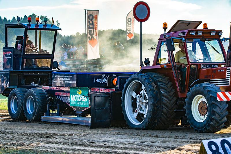 Tractor Pulling 2015-01622.jpg