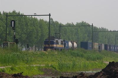 ACTS 1251 rijdt langs Culemborg  8 juni 2008