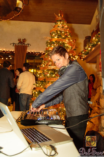 Del Sur Holiday Cocktail Party_20151212_101.jpg