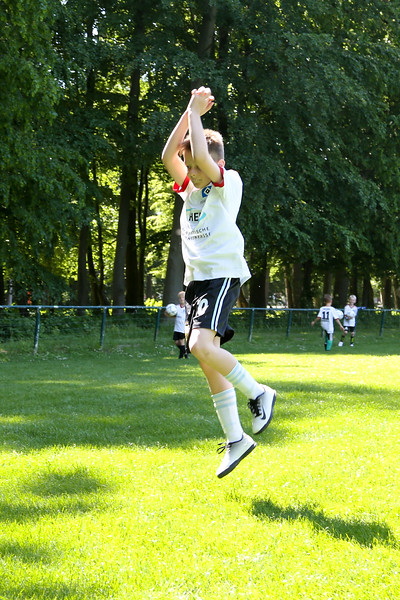 hsv_fussballschule-454_48047997828_o.jpg