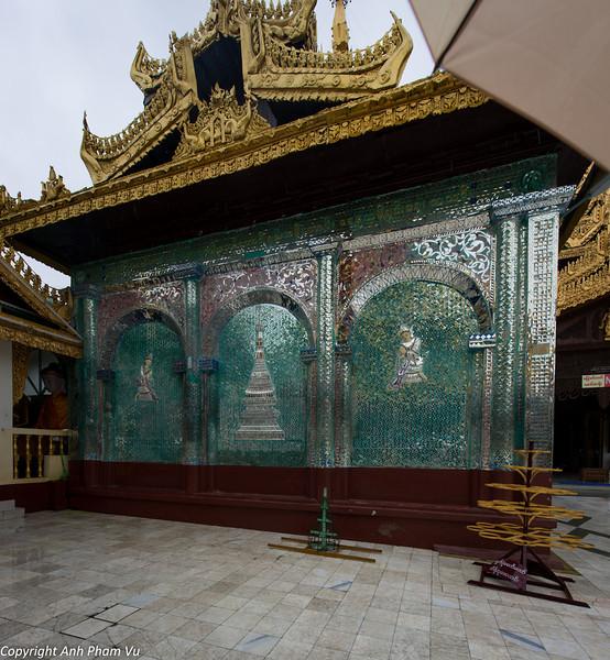 Yangon August 2012 301.jpg
