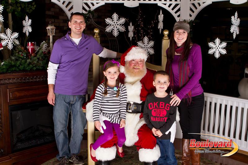 Santa Dec 15-248.jpg