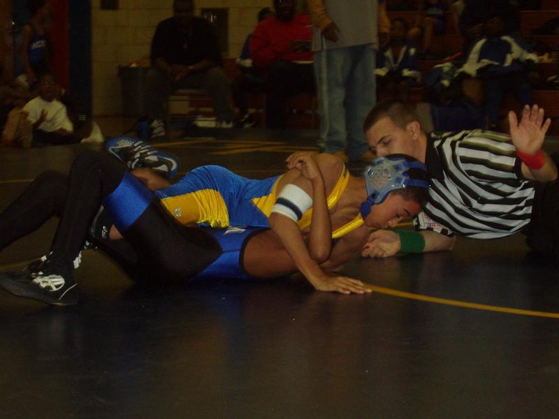 wrestling 12 14 02 tri match 009.jpg