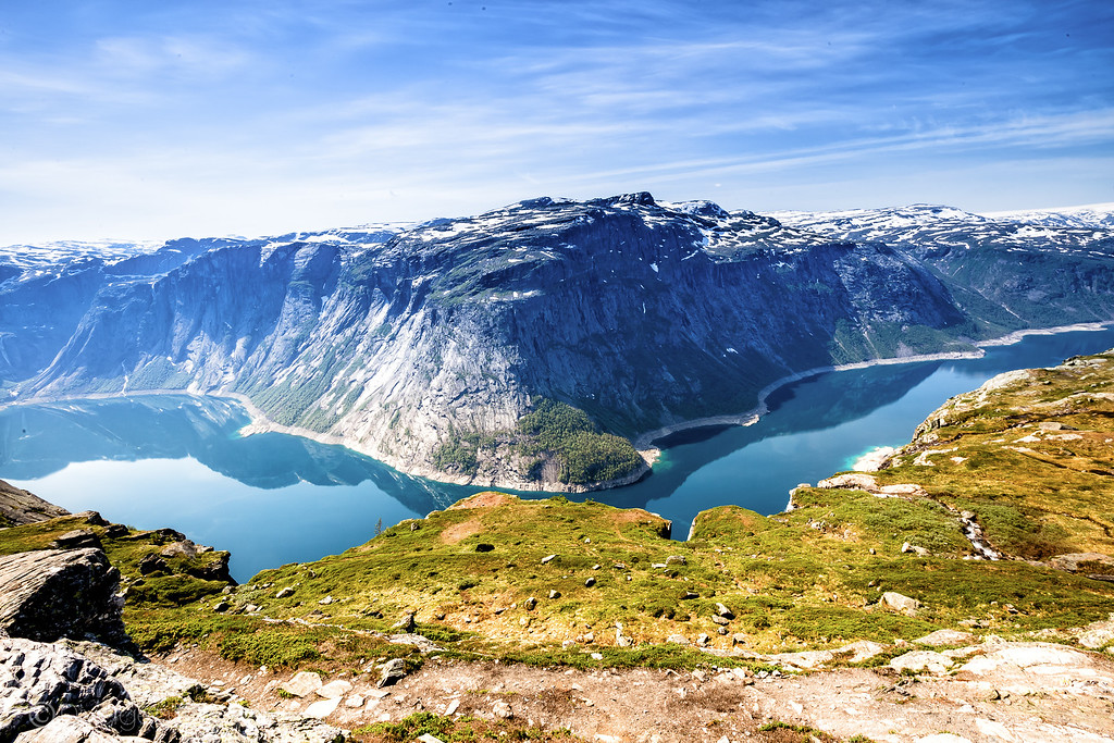Norway pictures - Ringedalsvatnet Lake - Lina Stock