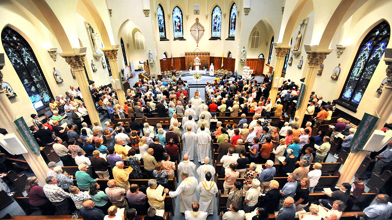 Last mass at St. Louis Church in Auburn
