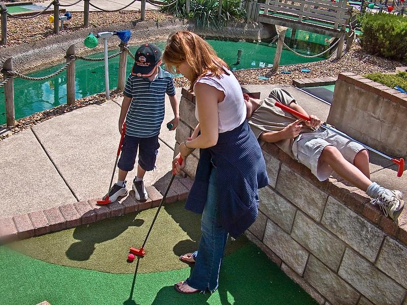 55 Crystal playing mini golf in Hinckley.jpg
