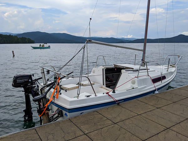 Jocassee Summer Sailing 2020