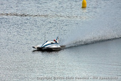 2009 Hella-Fast Outrigger R/C