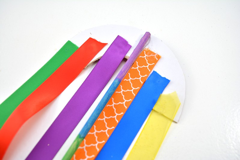 Rainbow Wand Craft 15.jpg