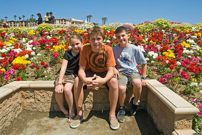 Carlsbad Flower Fields 2009 Cragun Kids