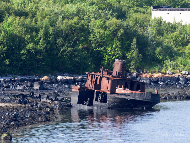 more shipwrecks near murmansk.jpg