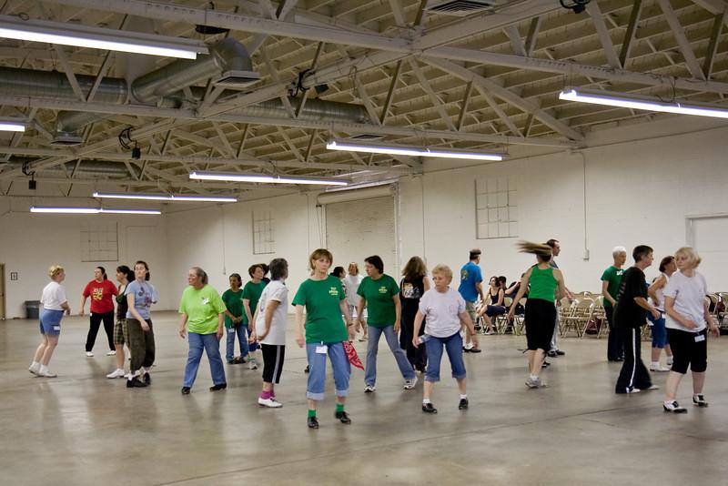 5657 Dancers med.jpg