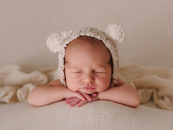 Newborn María