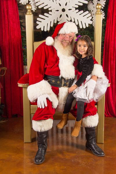 Santa 12-16-17-278.jpg