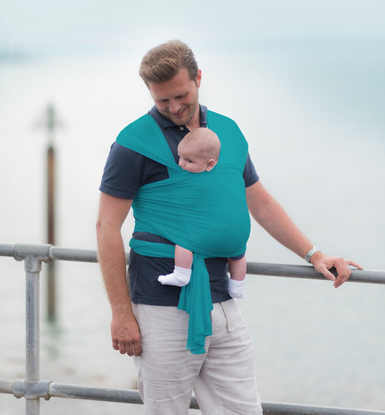 Izmi_Wrap_Lifestyle_Teal_Dad_Sea_Front_Smile.jpg
