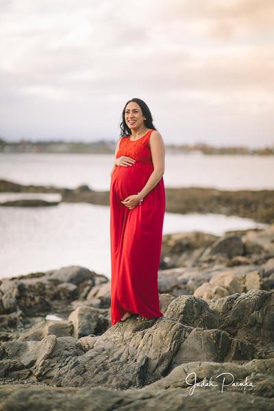 Kiran's Maternity Shoot - Cattle Point, Victoria BC. -73.jpg