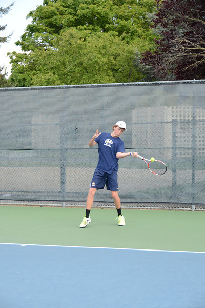 menlo-tennis-2013-boys 7.jpg