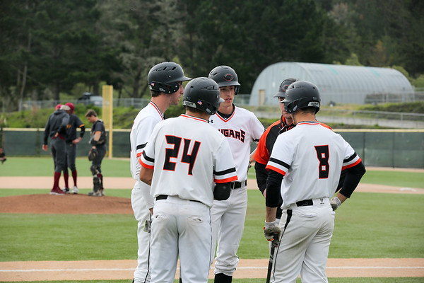 HMB Varsity Baseball vs Menlo Atherton, 4.6.17