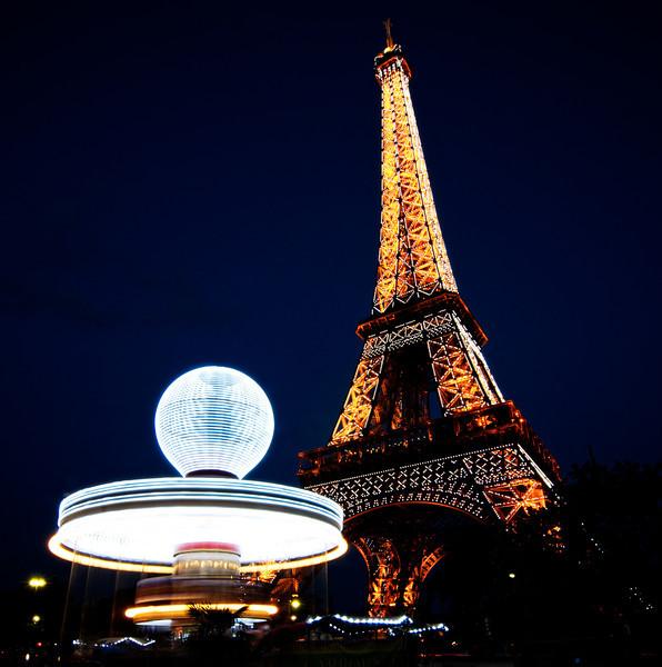 Eiffel Tower Carousel.jpg