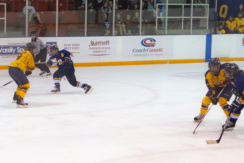 20130310 QWHockeyvsUBC 698.jpg