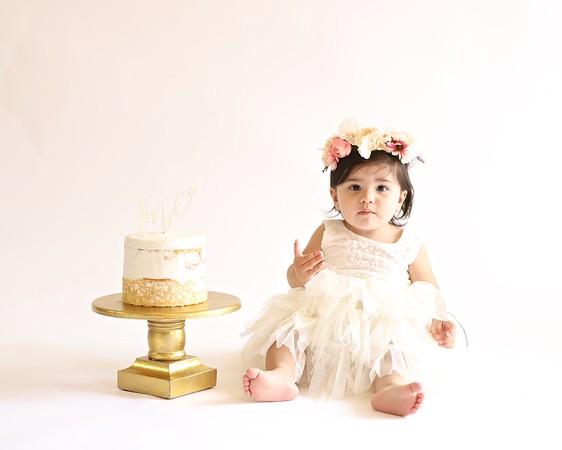 06-02-21 Malieya's 1st Birthday Cake Smash Session