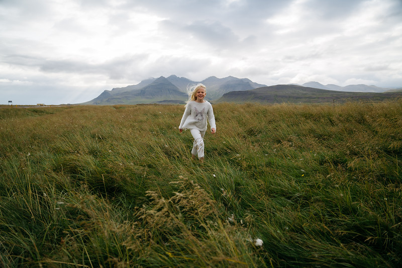 1916 was a job filming for the short film Unar in Iceland starring Elli and his daughter Unar. Shot across Iceland over a 10 day period  Director: CHRIS BURKARD DP: Ben Weiland DP: Jeff Johnson Assistant: Matt Foley